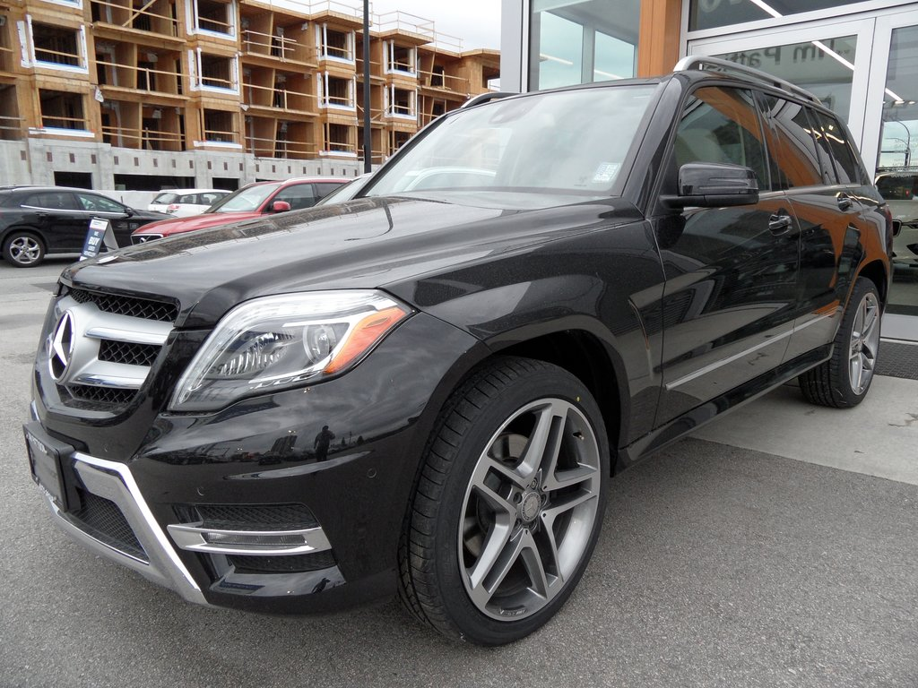Pre-Owned 2015 Mercedes-Benz GLK Avantgarde Plus Edt package