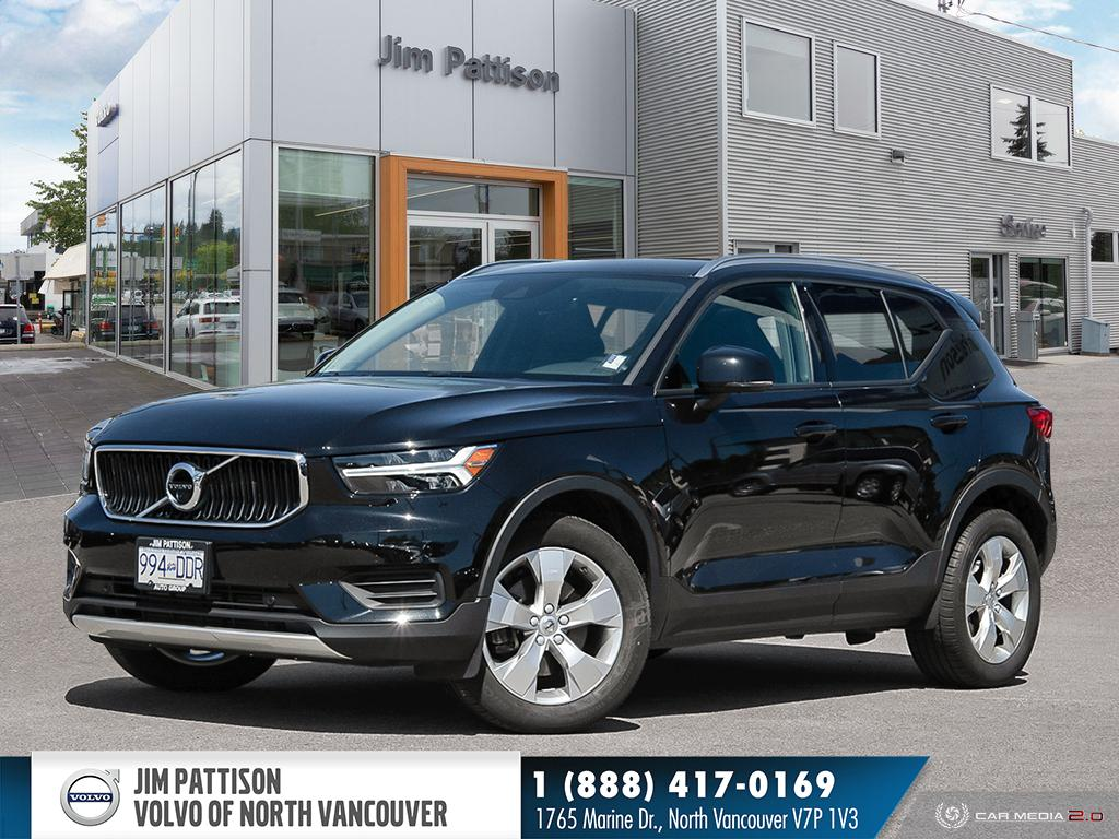 Pre-Owned 2019 Volvo XC40 T5 Momentum - EXECUTIVE DEMO - HUGE SAVINGS - 0.9%