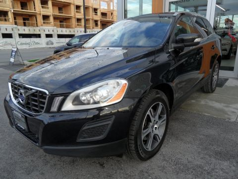 Pre-Owned 2013 Volvo XC60 T6 AWD Premier Plus