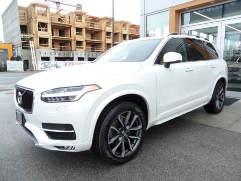 Pre-Owned 2016 Volvo XC90 T6 AWD Momentum